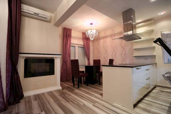 two bedroom apartment lux with garage