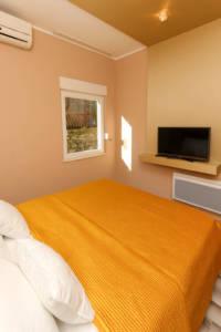 Two Bedroom Apartment Lux with garage - Apartments Sofija 13