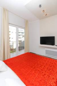 Dvosoban Lux apartman sa garažom - Apartmani Sofija 14