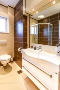 Two Bedroom Apartment Lux with garage - Apartments Sofija 15