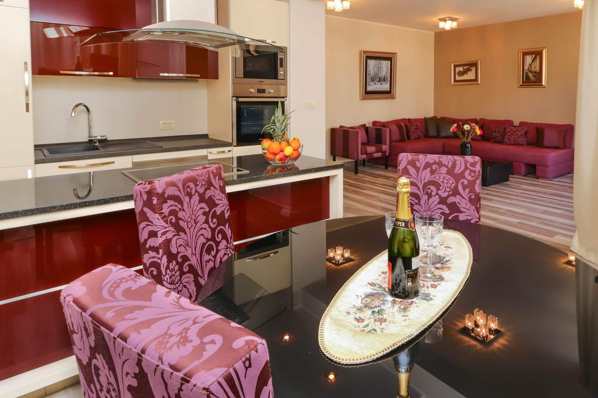Two Bedroom Apartment Lux with garage - Apartments Sofija 6